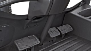 Dual-pedal control in the new H20–H30 diesel forklift truck