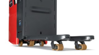 Any unevenness is levelled out and the stability of the Linde Material Handling truck is maintained.