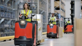 N20 order picker from Linde Material Handling with a front LED light