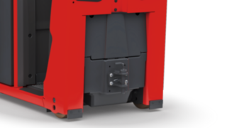 The electric tow tractor P40–P60 C from Linde Material Handling can be equipped with a trailer hitch.