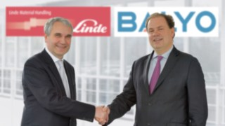 Have entered into a strategic partnership: Chief Sales Officer Christophe Lautray, repre-senting Linde Material Handling (left), and Chief Executive Officer Fabien Bardinet, representing robotics specialist Balyo.