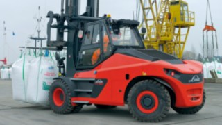Linde heavy diesel forklifts HT100Ds to HT180Ds with load capacity range of 10 to 18 tonnes