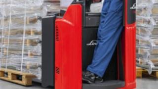 Linde Material Handling optimises platform pallet trucks T 20/T 25 SP