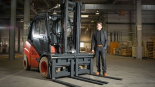Ready for delivery – the 200,000 customised options with Klaus Müller, Head of the Customised Options (CO) Department of Linde Material Handling.